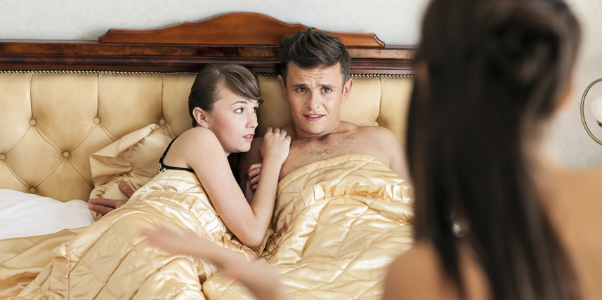 surprised-in-bed-by-girlfriend
