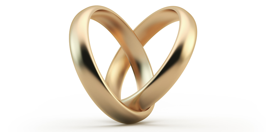 two-rings-in-heart-shape